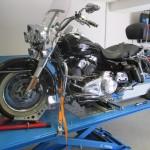 Ukázka vybavení moto servisu Moto Racing Service Kaucký
